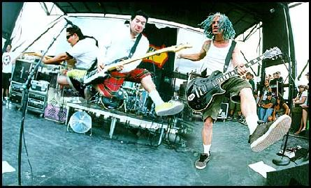 NOFX   2006   2006 08 02 Live In Fitchburg, MA (320kbps) preview 0